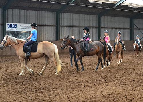 Paardrijden_leren